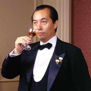 東京・銀座発 日本で最初に「ダイヤモンドエンゲージリング」を紹介した宝石専門店ミワです。